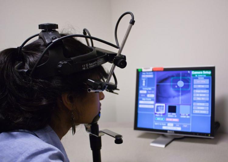 phone-based-eye-tracking-system-1466239531